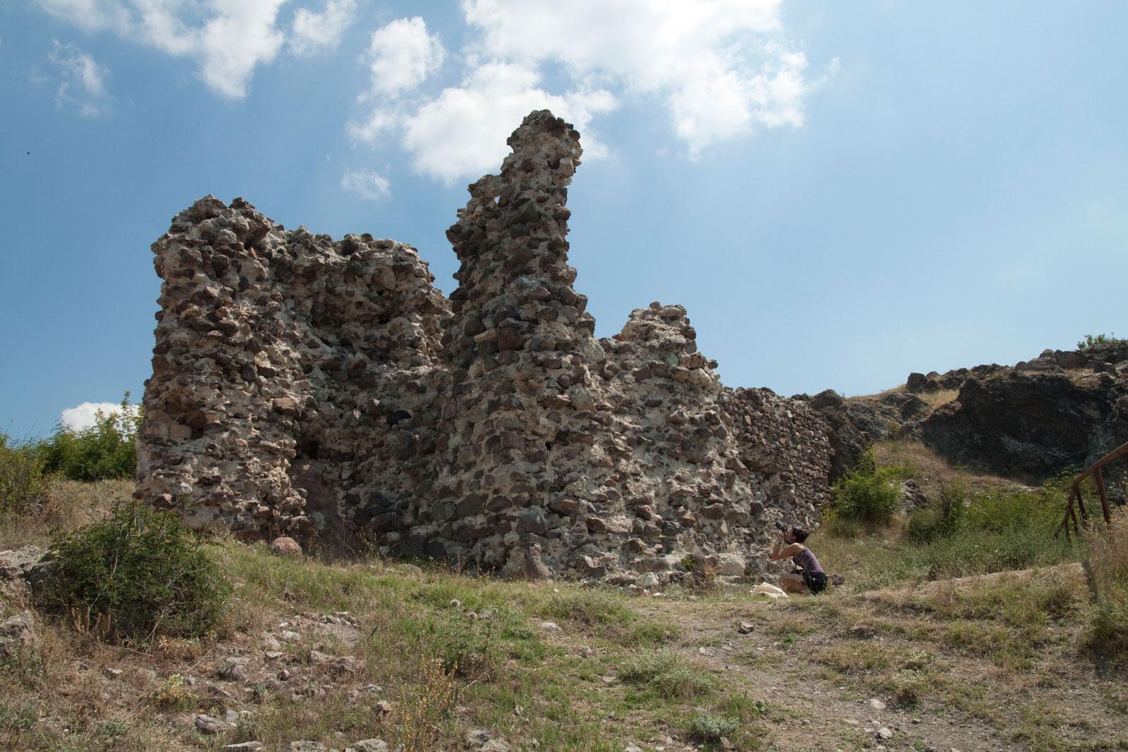 Източната кула на керпостта Моняк