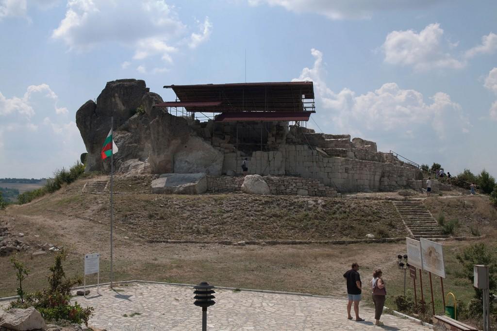 Светилището край село Татул