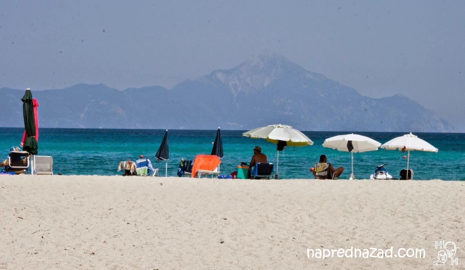 Плаж Платаници, Ситония